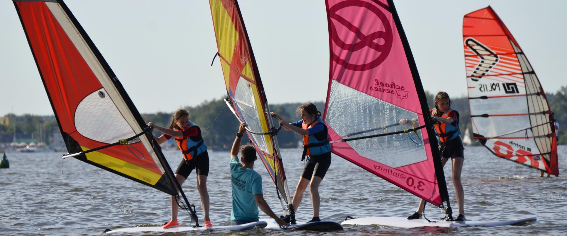 Lsurf windsurfing zegrze dla dzieci polokolonie